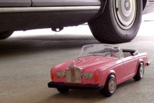 pink toy Rolls